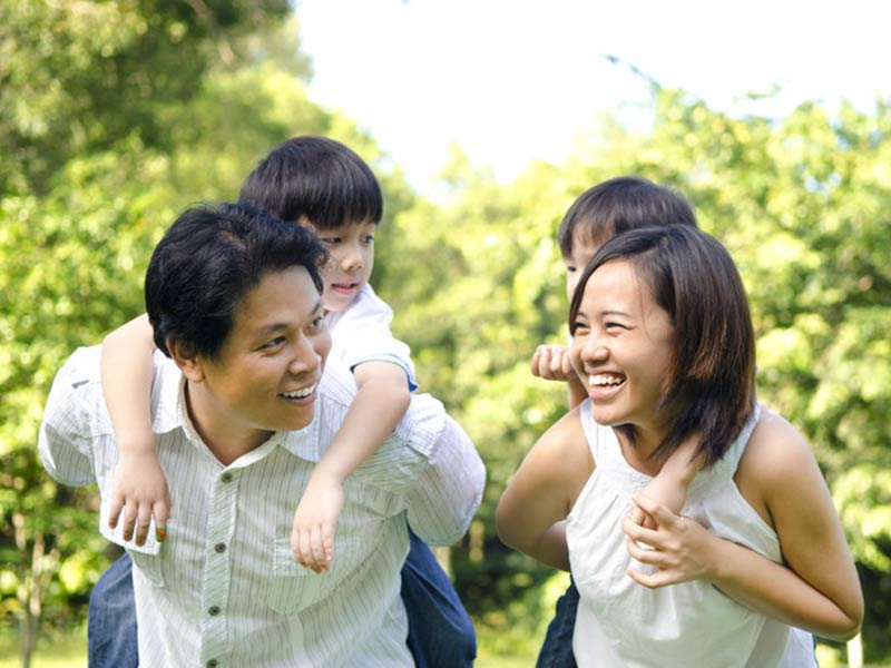Photo 6 – Happy Asian Family