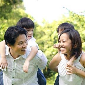 happy-family-sm